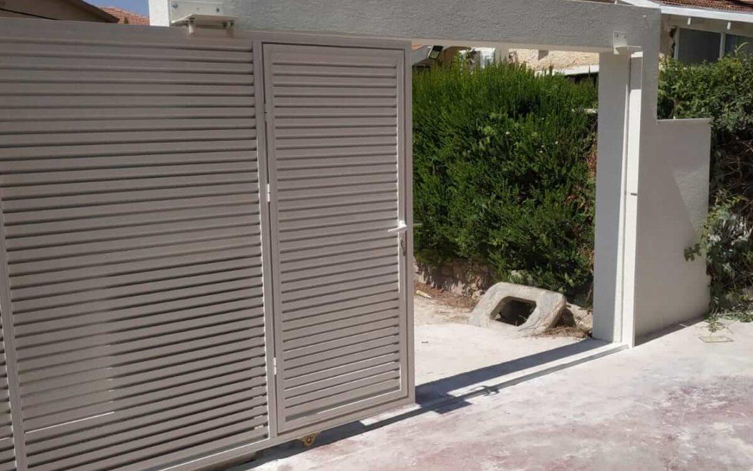 שערים חשמליים לבית פרטי