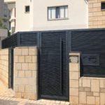 6 סיבות להתקנת גדר אלומיניום בבית
