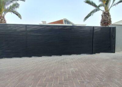 גדרות ושערים מאלומיניום לבתים פרטיים